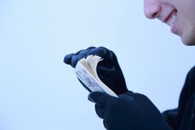 「税務職員」を騙る振り込め詐欺! 最近の手口と、注意点のおさらい【コラム】